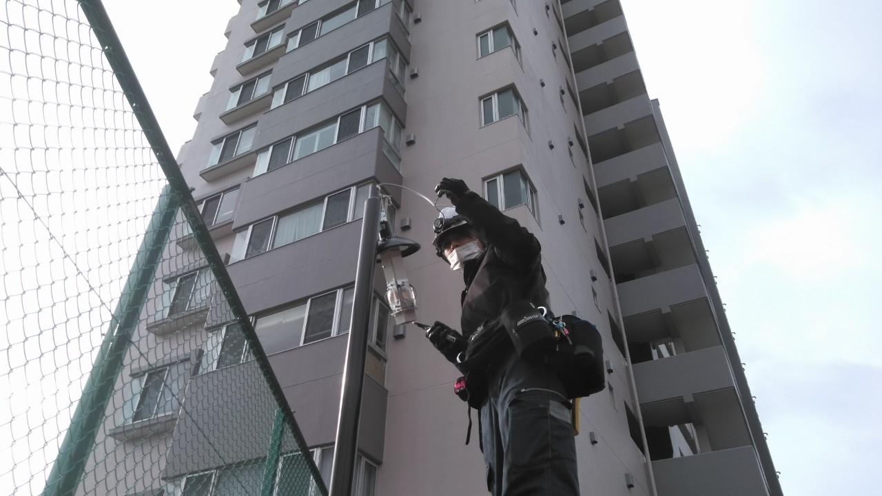 トネクションの街路灯設置工事